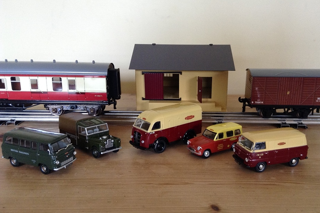 Oxford Diecast 1:43 Commercial Vehicles and Cars