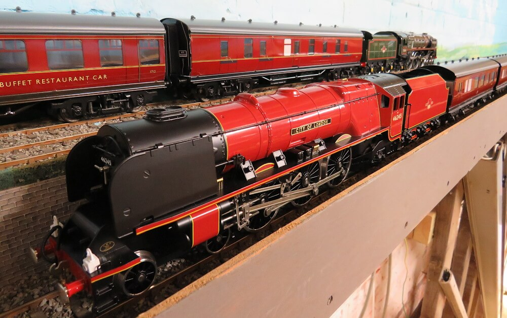 O Gauge Model Railways
